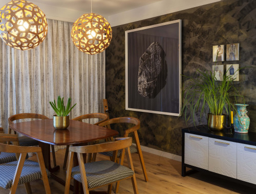 dining room, wallpaper feautre, patterned feature wall, grasscloth backdop, inspired by nature